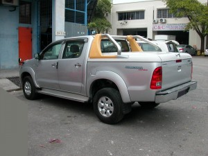 TOYOTA HILUX T-BOX WITH ORIGINAL BAR